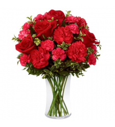 send bunch of carnations and roses in vase to davao