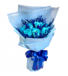 send 12 pcs. blue roses in a bouquet to davao