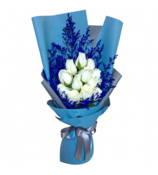 send dozen of white roses in bouquet to davao