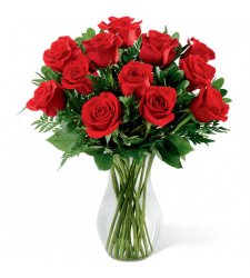 send 12 pecs red roses in glass vase to davao
