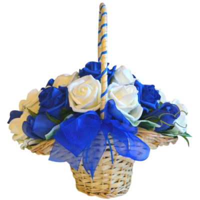 send 18 pcs. white and blue roses in basket to davao
