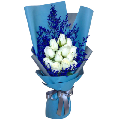 send dozen of white roses in bouquet to davao